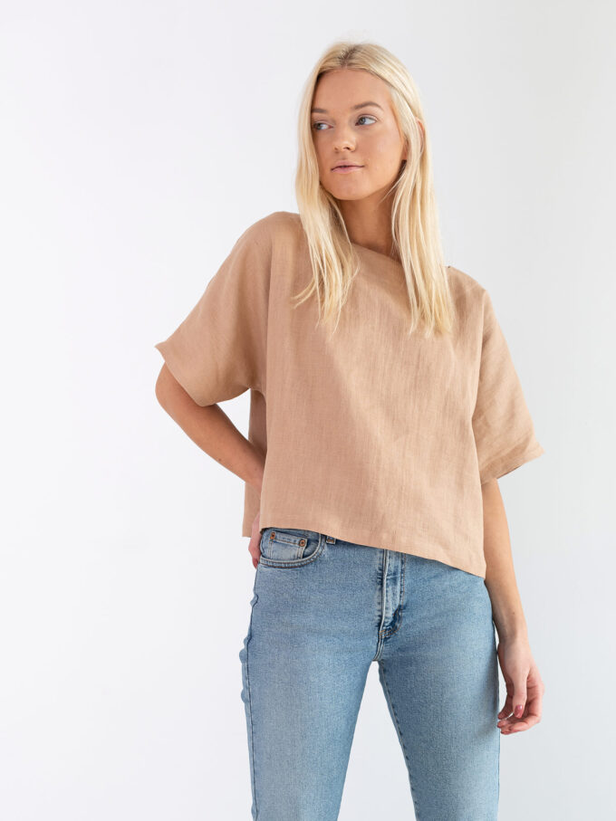 Image 2 of BEE Linen Top in Camel from Love and Confuse