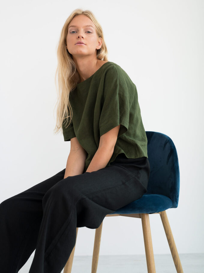 Image 1 of BEE Linen Top in Forest Green from Love and Confuse