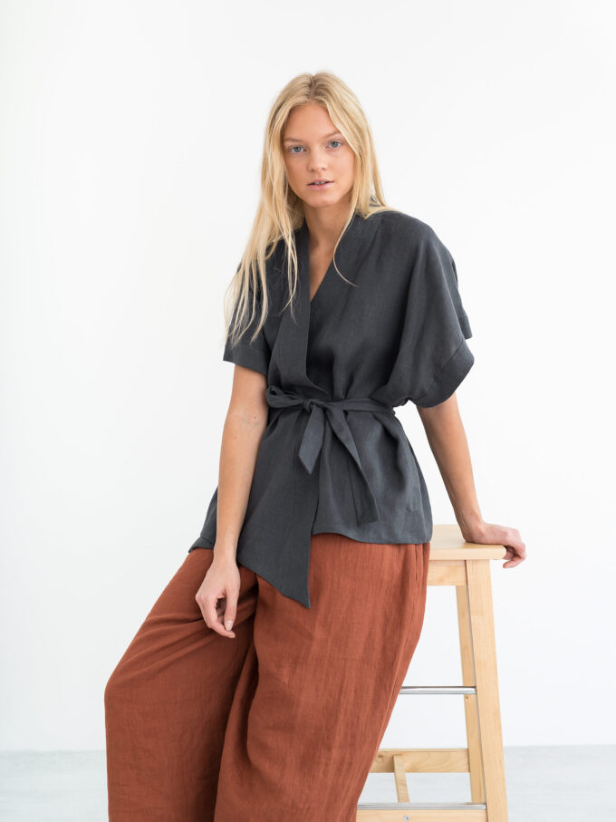Image 2 of ELI Linen Kimono Top in Dark Grey from Love and Confuse
