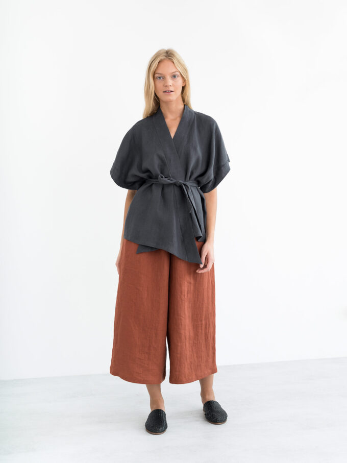 Image 4 of ELI Linen Kimono Top in Dark Grey from Love and Confuse