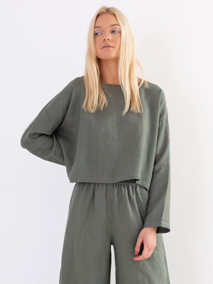 Image 2 of IVY Linen Top in Sage Green from Love and Confuse